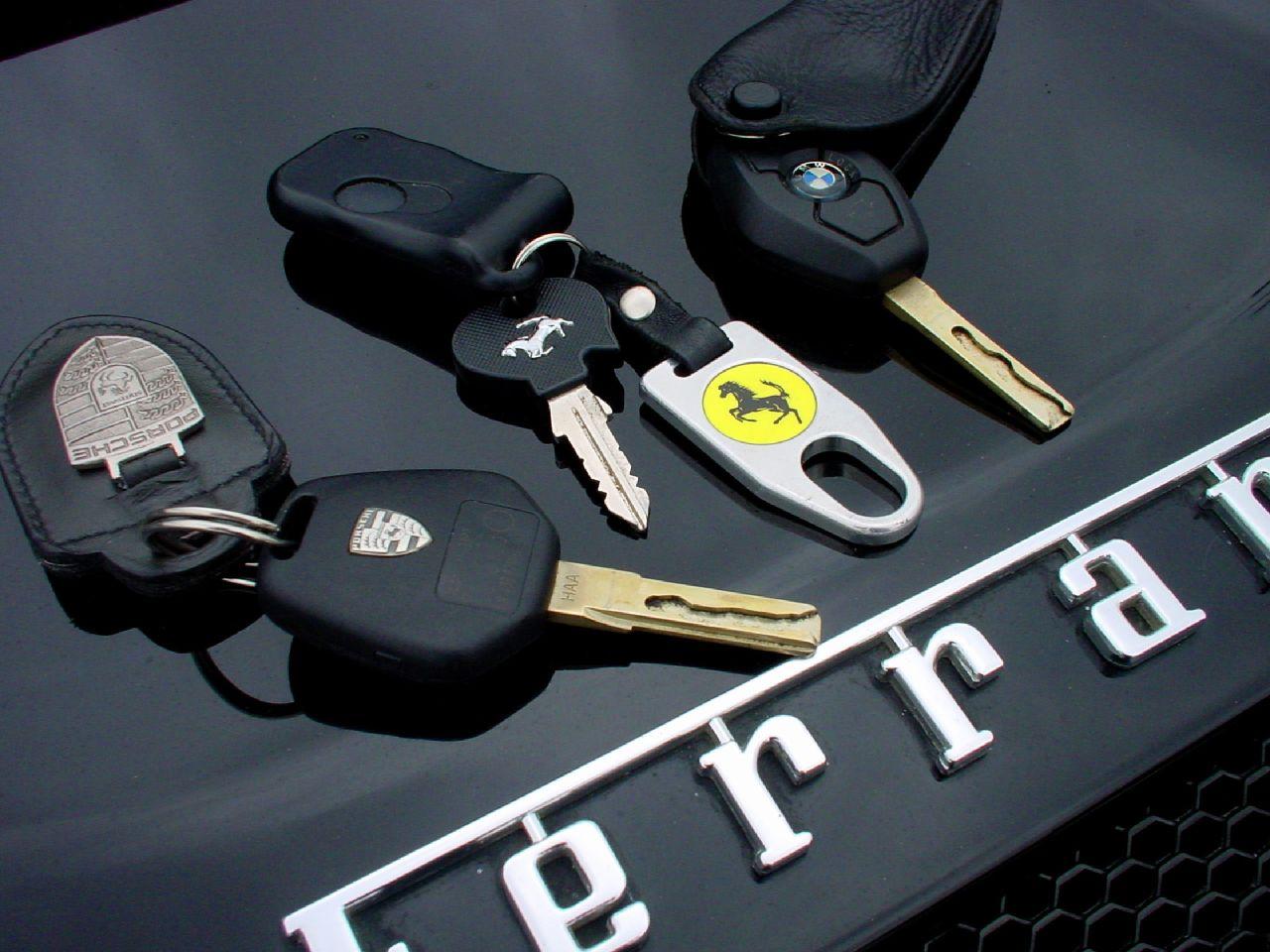 Ahli kunci mobil depok